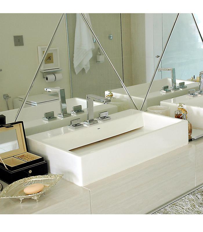 lavatorio-pousar-deca-l88-img3-carlos-e-miguel